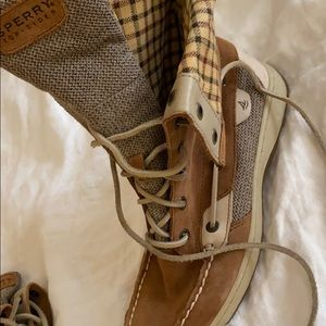 Sperry lace up boots size 7 gently worn